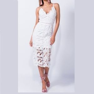 Dresses & Skirts - LACE MIDI DRESS